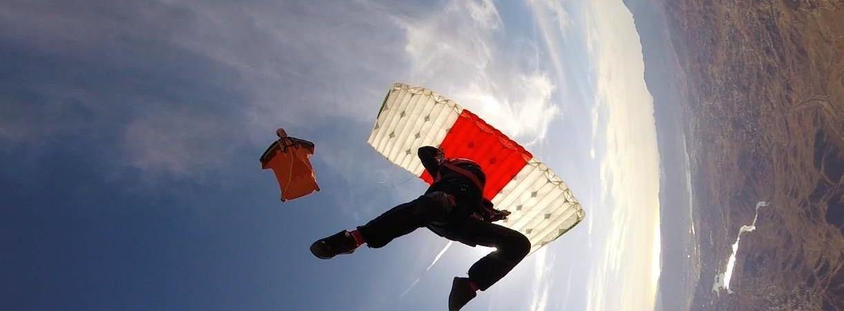 Canopy Piloting Dim1.jpg