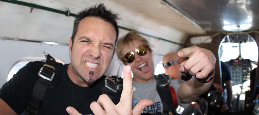 Jon Dette of Anthrax skydives