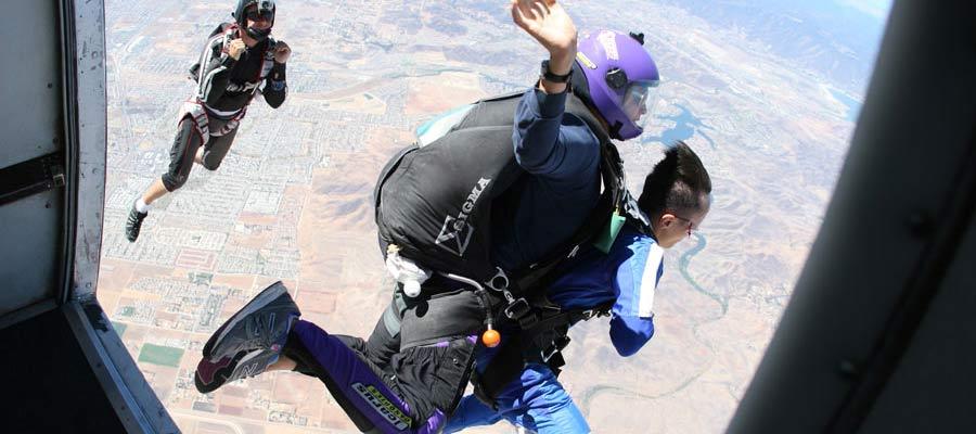 Tandem-Skydiving-Safe