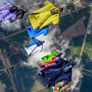 wingsuit-skydiving-at-perris