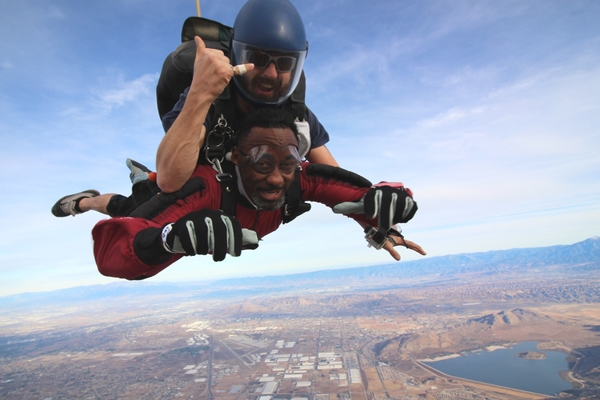 tandem student overcomes fears of whether skydiving is worth it