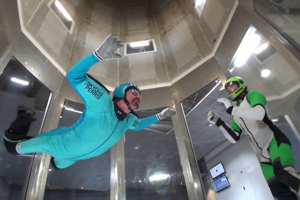 Save money on skydiving training