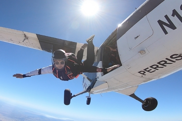 solo skydiving jump